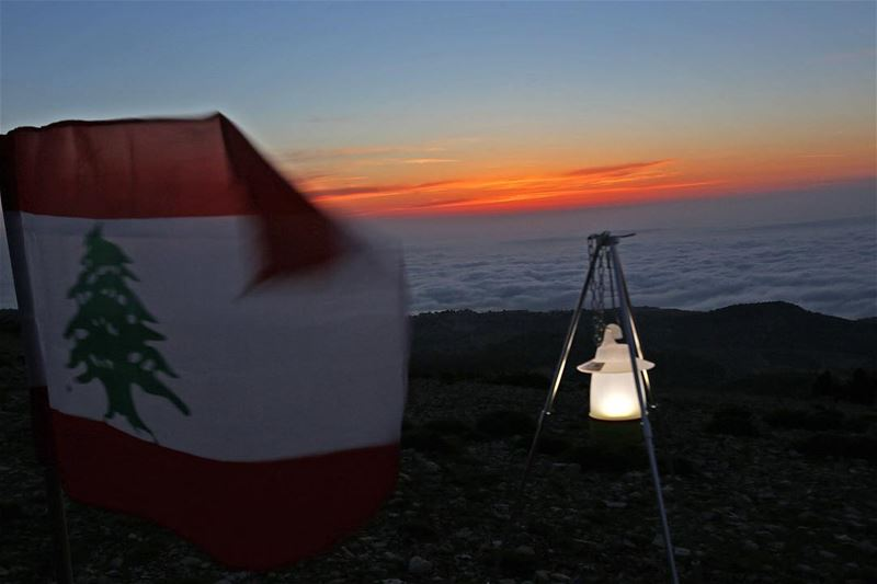 sunset  swaki  miziara  flag  lebanon   sunset  sunrise  sun  socialenvy ...