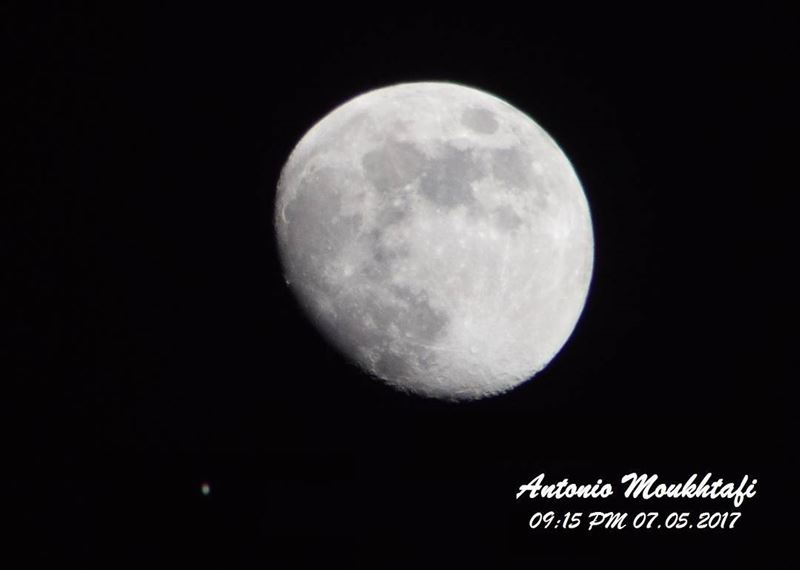 moon  north  lebanon  sky  dark  small  star  nikon ...