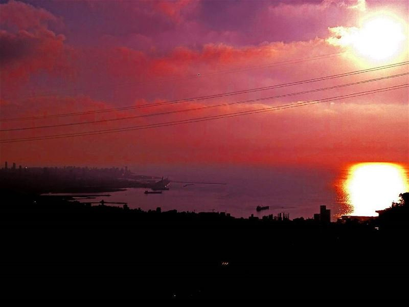 Beirut under a blood red sky. sun  sunsetporn  beautiful  beauty  view ... (Er Râbié, Mont-Liban, Lebanon)