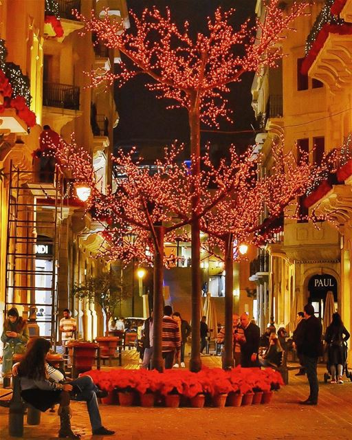 Peace on Earth will come to stay,When we live Christmas everyday - Helen... (Beirut, Lebanon)