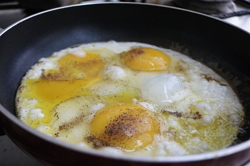Never without the extra black pepper! 🍳 ... goodmorning  eggs ... (Ansar, Lebanon)