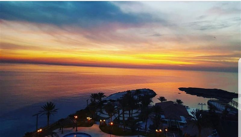 batroun  sunset  sawary  resort  beach  sea  mediterraneansea ... (Sawary Resort & Hotel-Batroun)