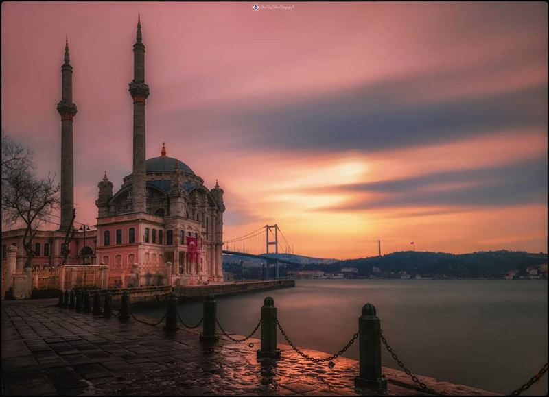 A romantic composition in the month of Love. I hope that I could express... (Bosphorus)