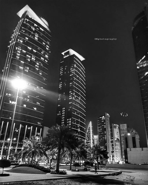 بلاك اند وايت ♠️ * bnw  bnw_captures  bnw_planet  bw  bw_photooftheday ... (City Center Doha)