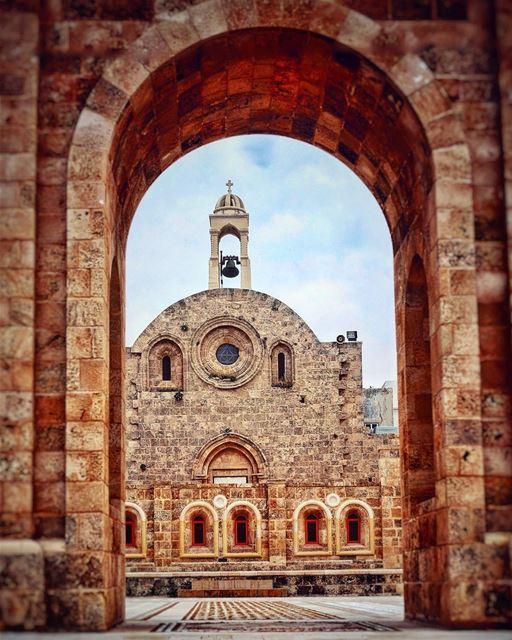 Churches ⛪ of Lebanon 🇱🇧 This church was built in the 12th century by... (Lebanon)