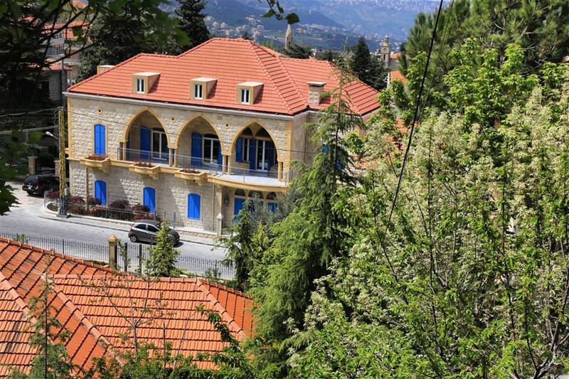 hammana libanon lebanesevillages  livelovehammana lebanonspotlights... (Hammana)