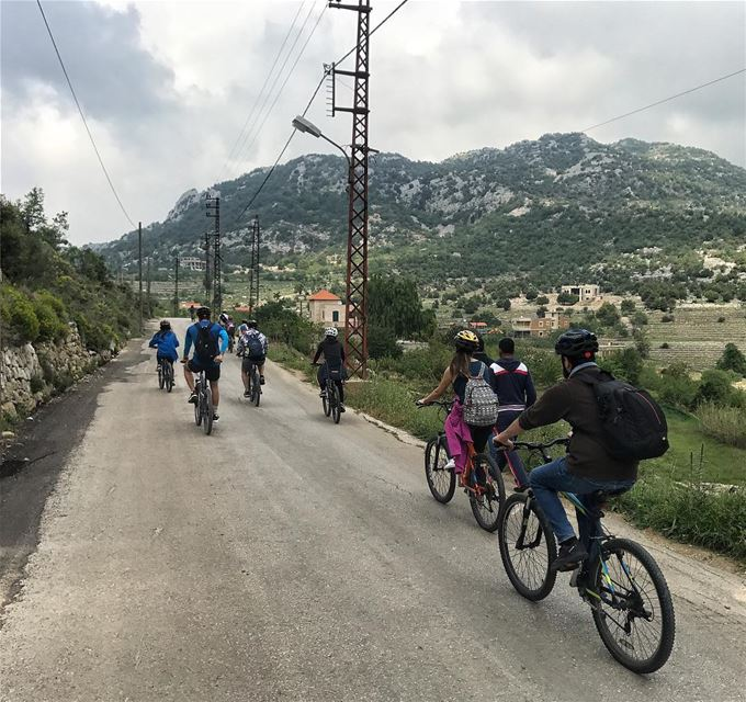 Enjoying the fresh air of Batroun mountains 🚴🍻.A catch from our... (Tartij, Liban-Nord, Lebanon)