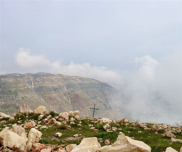"""And you shall know the truth, and the truth shall make you free.""John 8:3 (Faraya, Mont-Liban, Lebanon)"