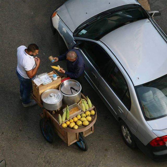 Make a living is not that easy. Hard-work and strong stance against all... (Hamra, Beyrouth, Lebanon)