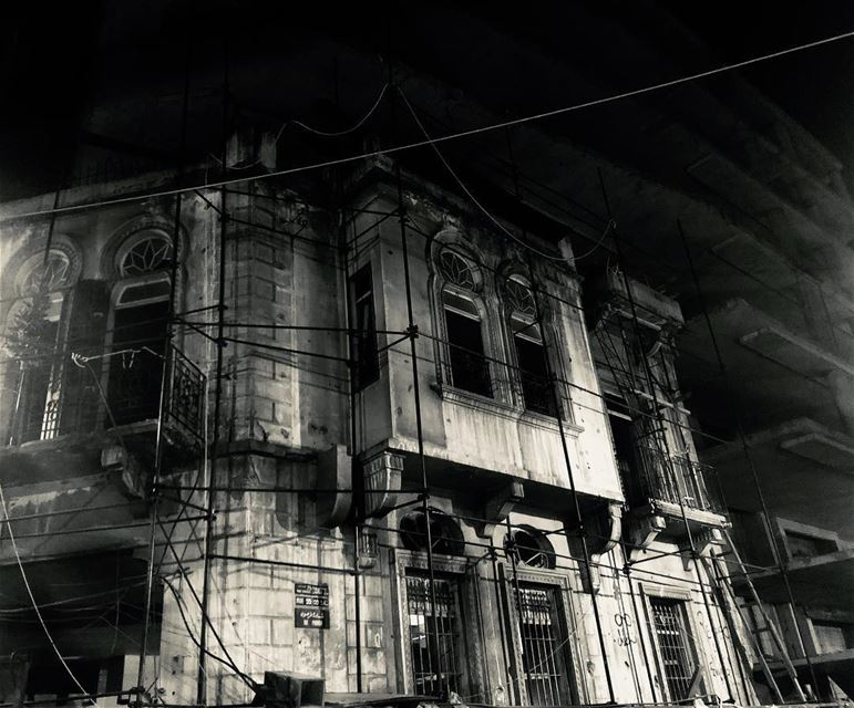 marmekhayel ........ horror  scary  building  heritage  night ...