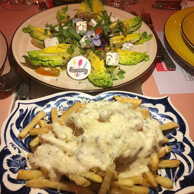 Fries with truffles and Hawaiian salad 😍😍 the perfect pair from the... (Badaro the Street)