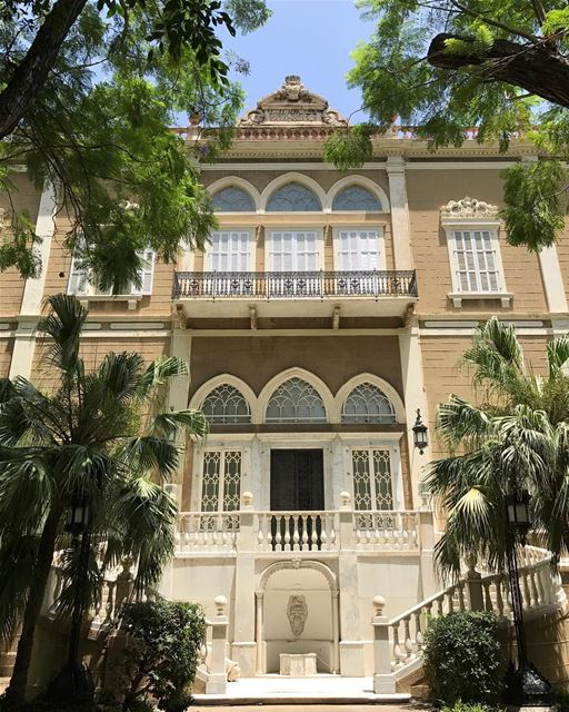 One of the beautiful old mansions in Sursock district, historical Beirut 🌱 (Beirut, Lebanon)