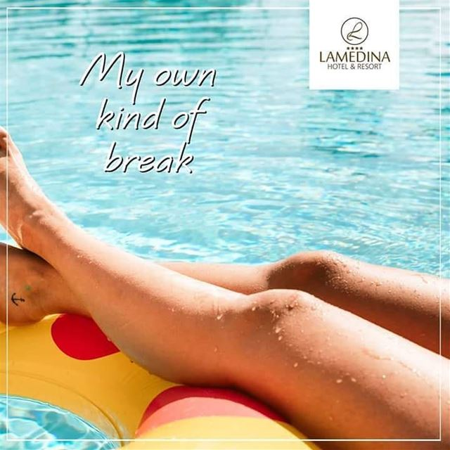 Who doesn't want a break like this ! 😎👙 Aren't you in such a mood? Tag... (Joünié)